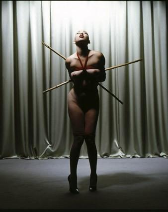 "BDSM AURORAWEBLOG Photographie de Gilles Berquet ""Playtime"" 2007."