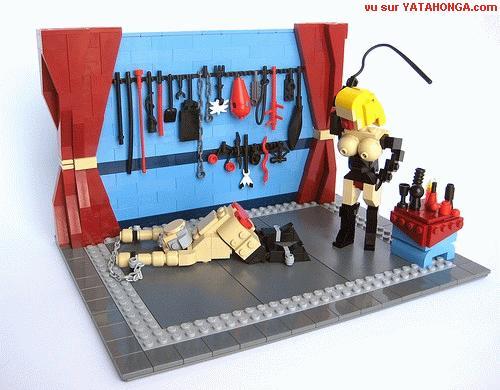 BDSM joli détournement de la marque Lego sur Yatahonga.com