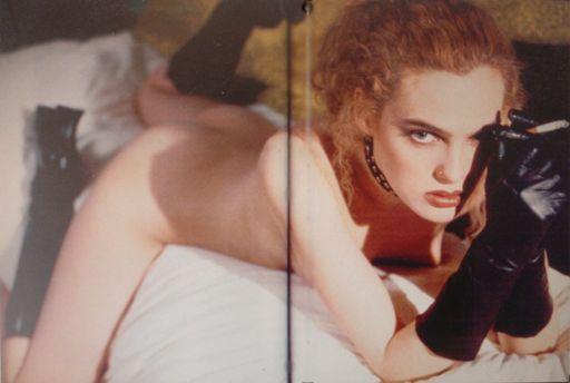 "BDSM Richard Kern ""New York Girls"" Editions Taschen 1997 (la modèle qui inspire le personnage de Una dans le roman ""Sexy New York"" de Romain Slocombe, Editions Fayard Noir, mars 2010)."