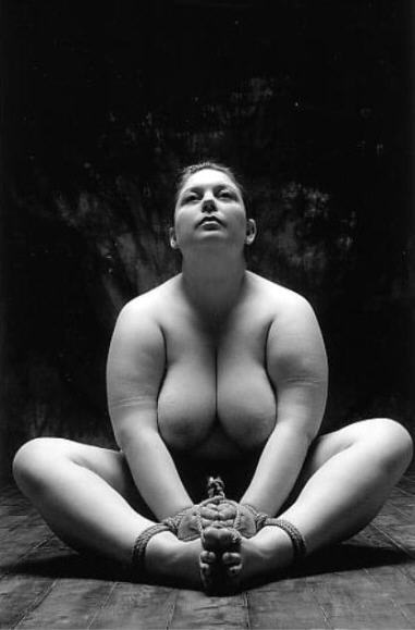 BDSM Nawashi Hikari Kesho aka Alberto Lisi photographe italien Boundless 2005.