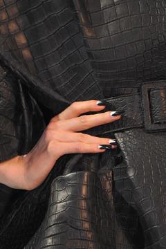 Galliano pour Dior Haute Couture Femme 2009 détail ongles