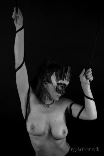 BDSM Bondage Ingela Grimsvik AURORAWEBLOG.