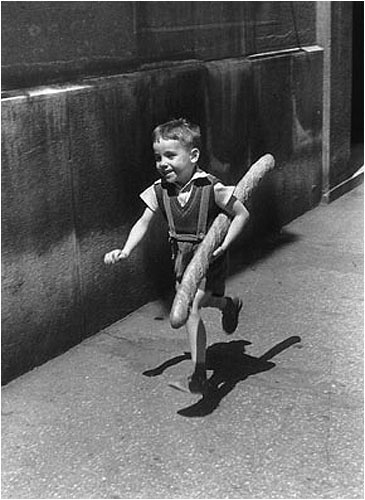 Willy Ronis Le Petit Parisien 1952.