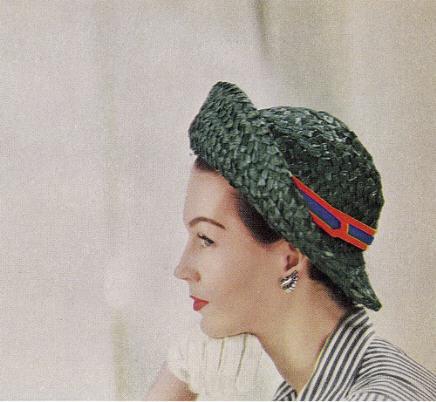 Chapeau de paille vert Photo Millie Motts.