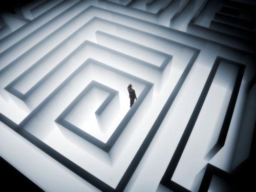 Le labyrinthe de tes mensonges.