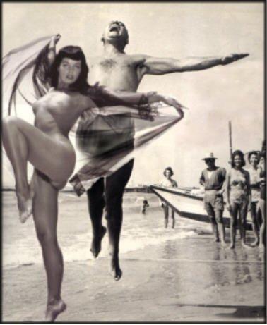 Betty Page en Italie années 1950 AURORAWEBLOG