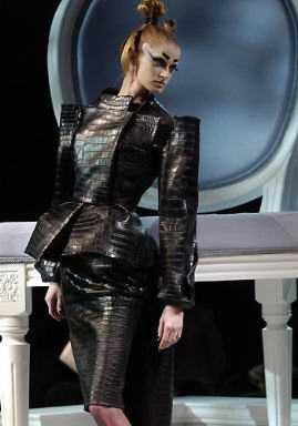 BDSM, Tendance Cuir, John Galliano pour Dior, Eté 2007