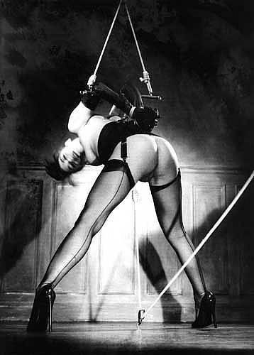 BDSM Gilles Berquet, Bondage
