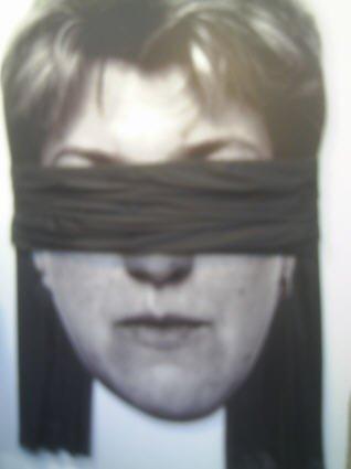 BDSM blindfold Oeuvre Fobies Elena Berg FIAC 2006