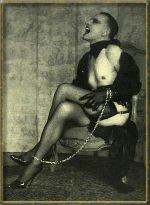 Pierre Molinier autoportrait AURORAWEBLOG