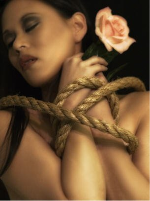 BDSM Bondage Encordée