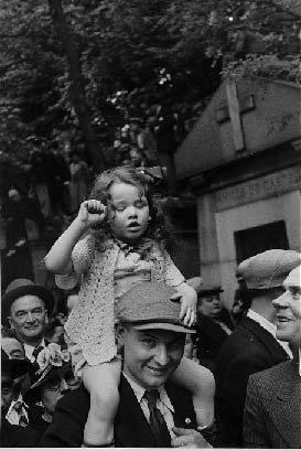 David Seymour Manifestations Front Populaire 1936 AURORAWEBLOG