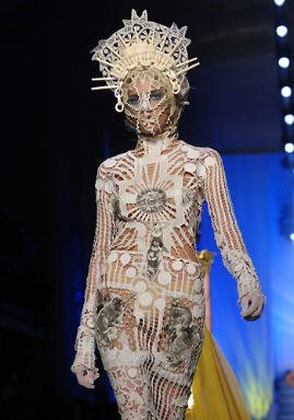 BDSM, Bondage et Haute Couture, Jean Paul Gaultier, Eté 2007