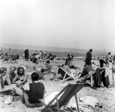 Ouvriers Front Populaire en congés payés au Tréport été 1936 AURORAWEBLOG